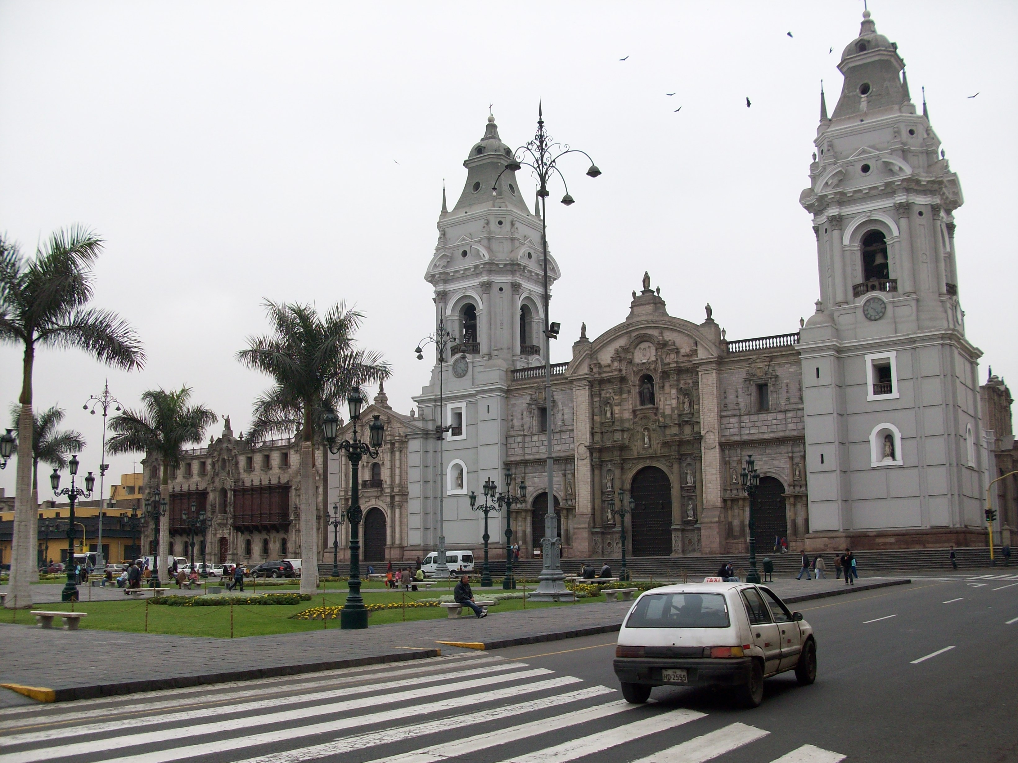 Catedral_lima