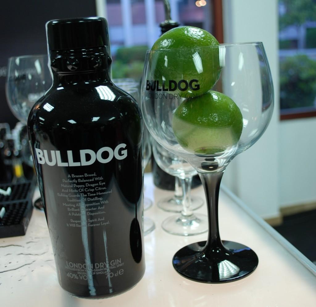 Bulldog_ginshow2