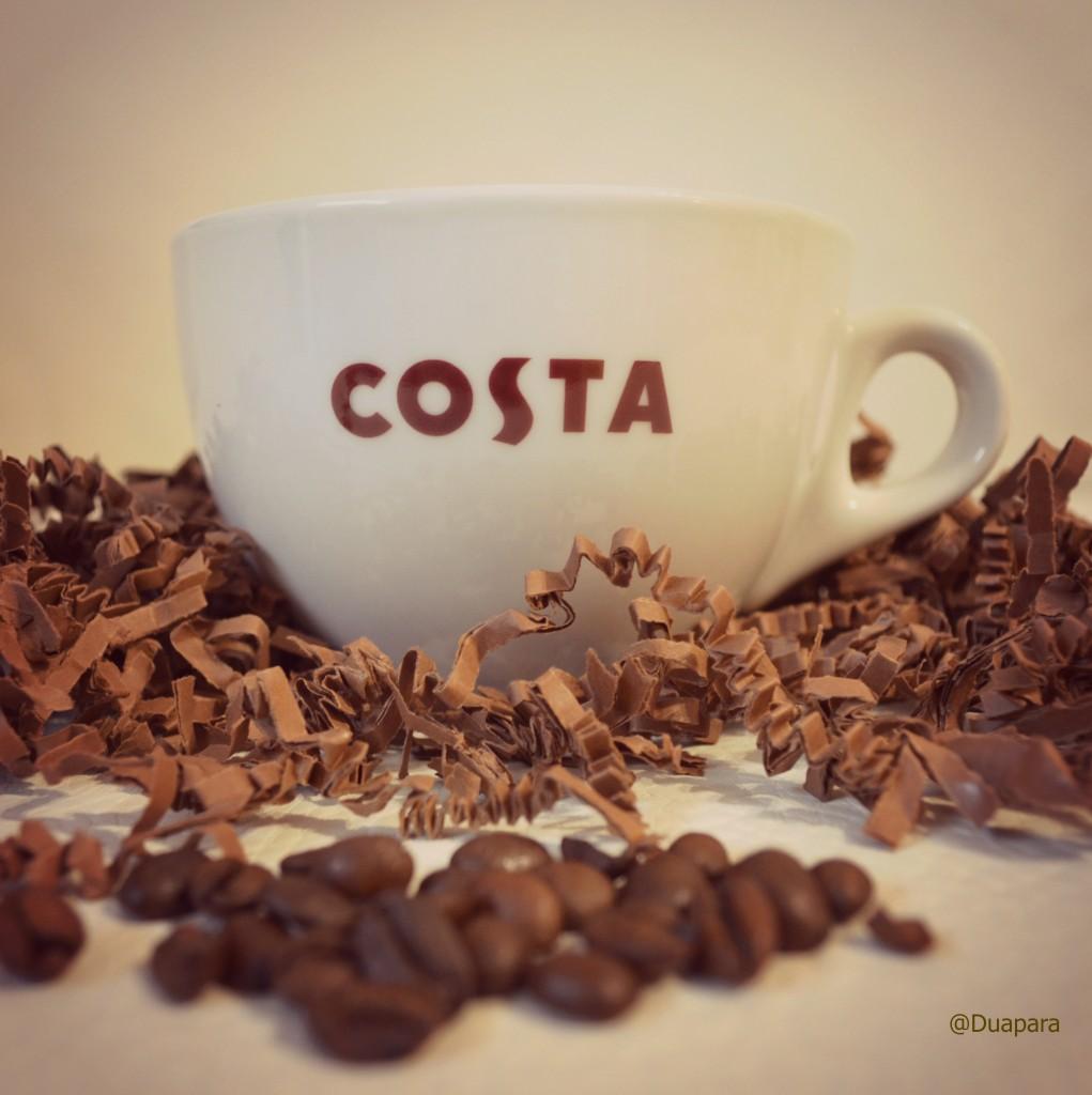 Coffe-testing-en-Costa-Coffe-1021x1024