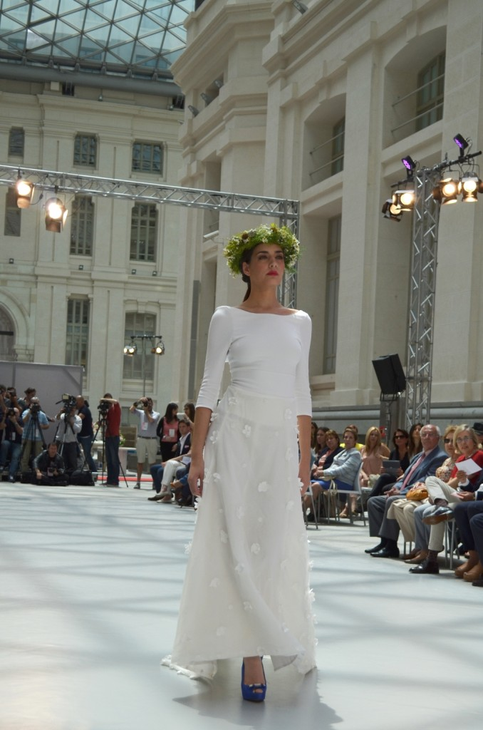 Diseños de  vestidos novia 2016 Elena Rubio Pasarelas