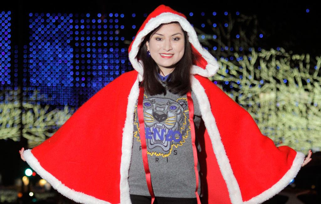Capa-navideña-christmas-look-kenzo